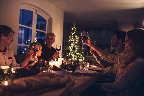 family_eating.jpg